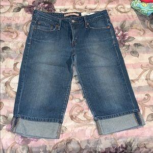 Levi's Women's Jean capris Size 10
